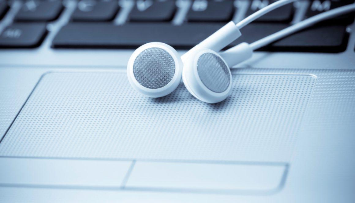 headphones_15443913Small